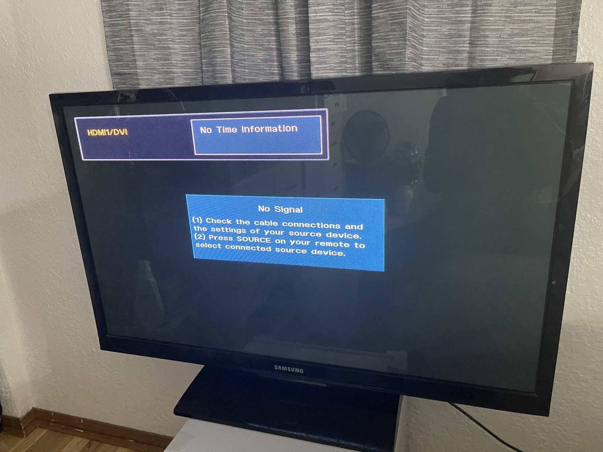 40 Inch Samsung Tv (not A Smart Tv)