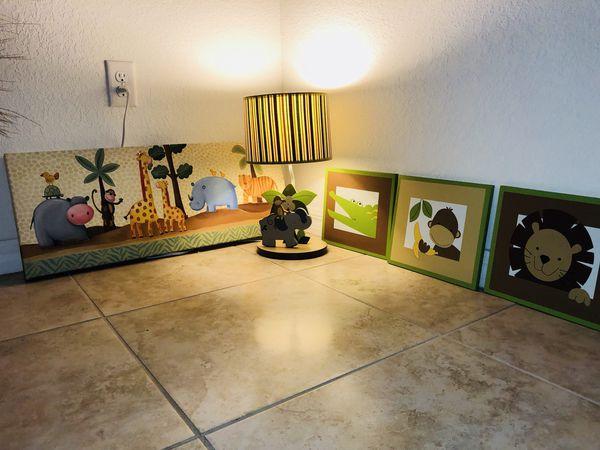 Like New Baby Animal Nursery Decorations Hablo Español For In Pompano Beach Fl Offerup