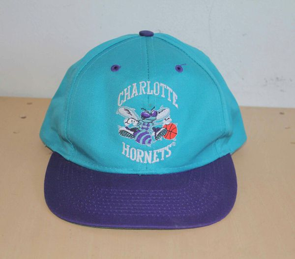 pretty nice 76929 ad67f Charlotte Hornets Vintage NBA Snapback Hat Brand  Logo 7 One Size Fits All