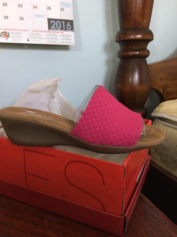 Women's pink Sandals