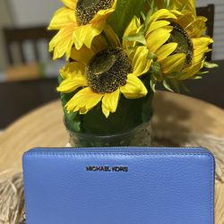 Michael Kors Brand New Wallet Thumbnail