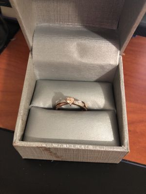 Zales 4.0mm heart shaped promise ring. Rose sterling silver. for Sale in Orlando, FL