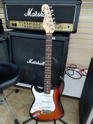 Photo FENDER LEFT HANDED ELECTRIC GUITAR - MODEL # STRATOCASTER 40TH ANNIVERSARY U S A
