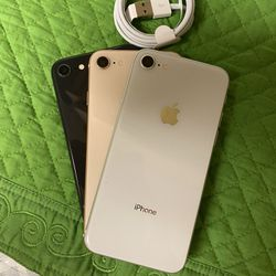 iPhone 8 Unlocked For All Carriers Thumbnail