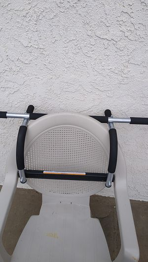 Photo Iron gym pull up bar pro fit door frame