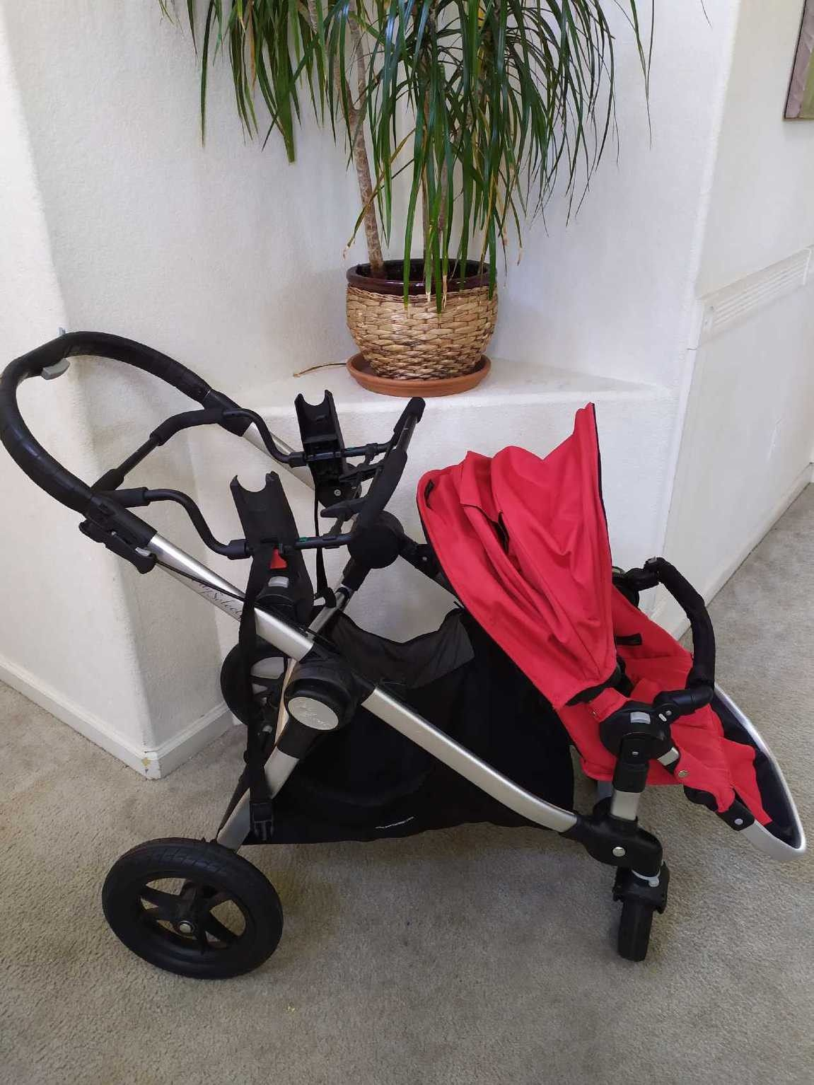 ✨Almost New stroller in excellent condition.!!!