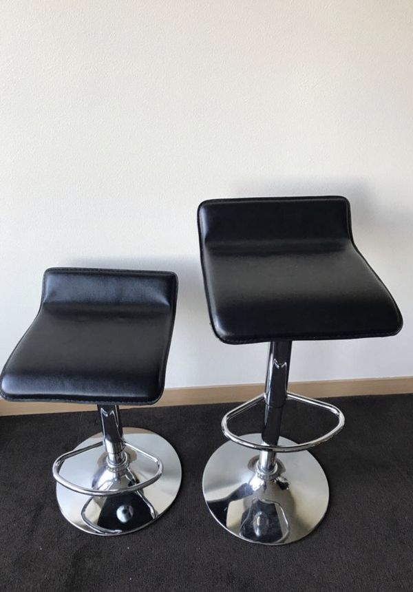 Two Black Bar Stools For Sale In Seattle Wa Offerup