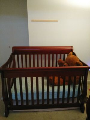 Baby Crib with mattress for Sale in Centreville, VA