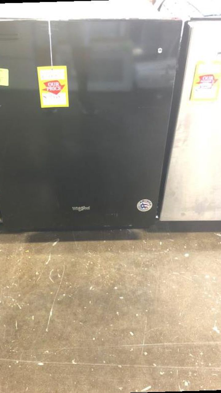Brand New Whirlpool Dishwasher (Model:WDT710PAHB) OC