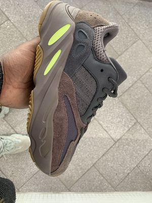 2ba05b3b2841f Yeezy 500 utility black size 7 9.5 10 and 10.5 for Sale in Bronx