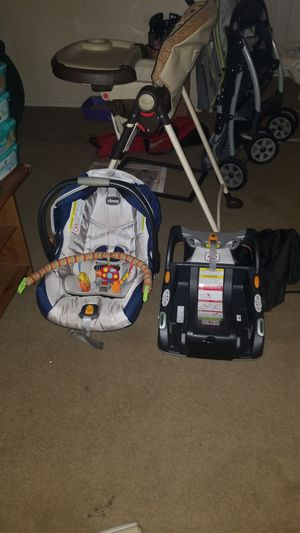 Carseat and base for Sale in Katy, TX
