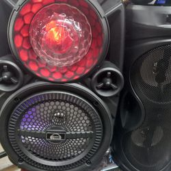 BLUETOOTH RECHARGEABLE SPEAKER 🔊 WITH EXTRA BASS AND MICROPHONE 🎤 👌  Thumbnail