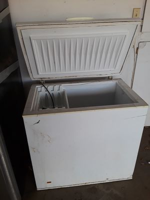 Small freezer chest for Sale in Riverdale, CA