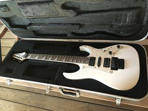 Ibanez rg350dx electric guitar w/case. Mint! for Sale in Saint Cloud, FL