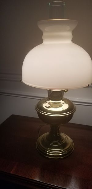 Antique lamp for Sale in Annandale, NJ