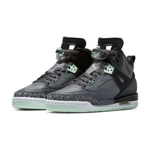 Nike Jordan spizike for Sale in Arlington, VA