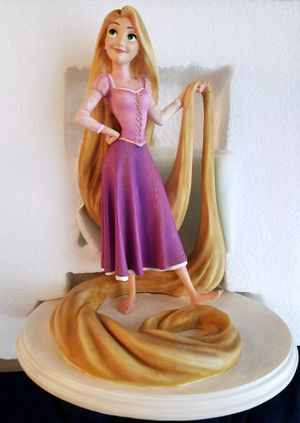 Disney Limited Archive Collection Rapunzel Tangled Maquette Statue Figure Figurine for Sale in Orlando, FL