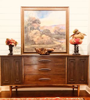 Broyhill Scultura Credenza | Sideboard | Buffet | Mid Century for Sale in Siler City, NC