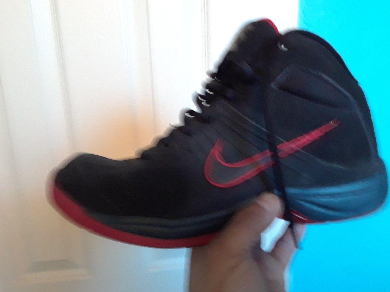Nike size 10 like new