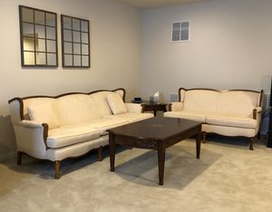 Sofa, loveseat, and coffee table for Sale in Clarksburg, MD