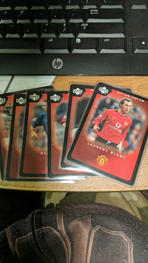 Photo 2003 Upper Deck Strike Force Manchester United 6 card lot