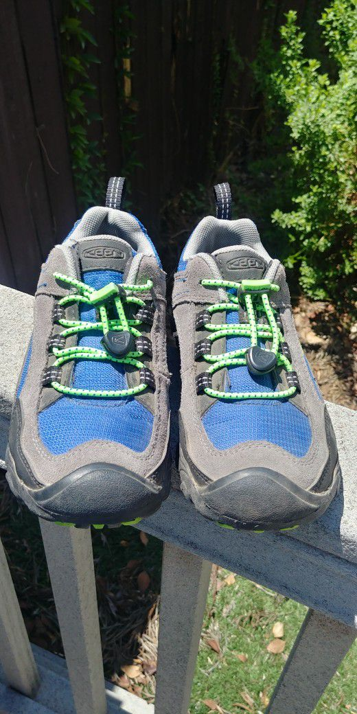 Keen Gray Green Blue Black Hiking Shoes