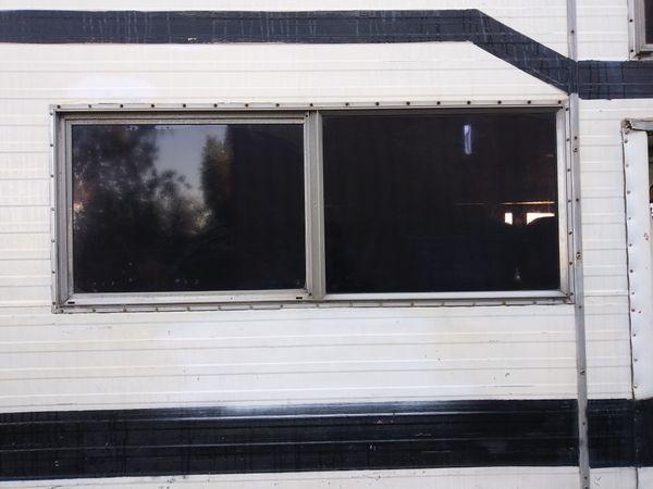 Rv Windows For Sale >> Travel Trailer Rv Windows For Sale In Menifee Ca Offerup