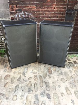 Vintage Traynor YC-610 Speakers for Sale in Baltimore, MD