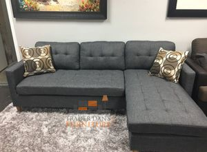 Brand New Grey Linen Sectional Sofa Couch + 2 Accent Pillows for Sale in Chevy Chase, MD