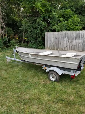 12ft Aluminum Meyer jon boat for Sale in Columbus, OH
