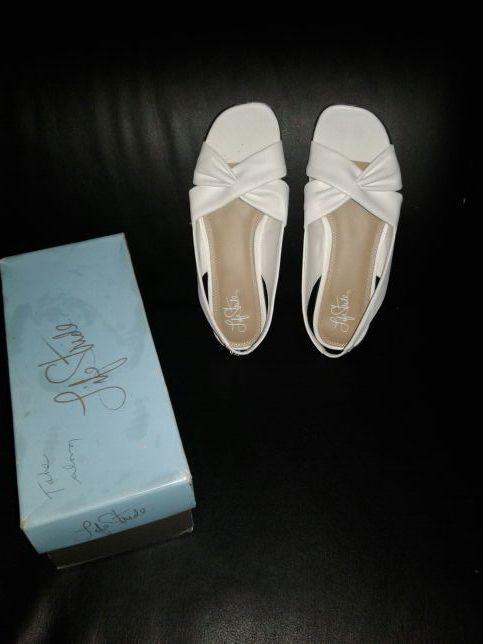 White Mimosa duncan sandal.Make an offer.
