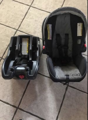 Photo Graco Snugride 35 click connect Base and Car seat