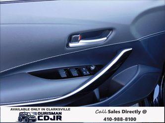 2021 Toyota Corolla Hatchback Thumbnail