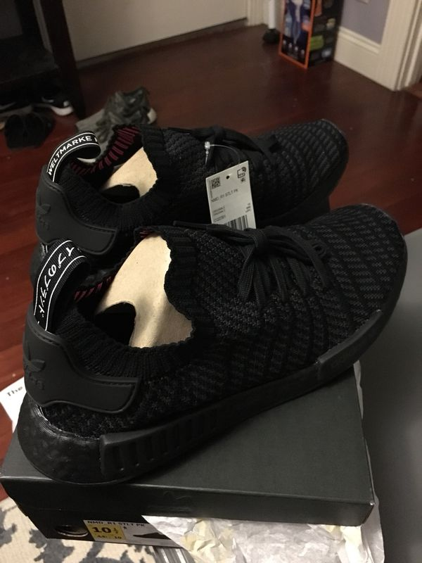 wholesale dealer 4555a 3ed16 Adidas NMD R1 STLT Primeknit Triple Black for Sale in San Jose, CA - OfferUp