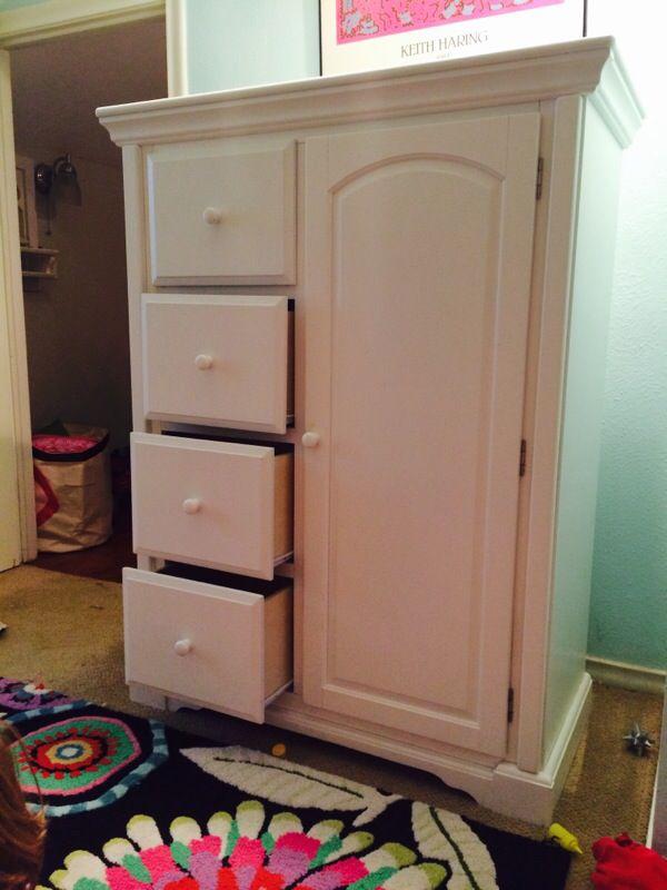 Jardine Baby Children S Wardrobe Armoire For In Dallas Tx Offerup