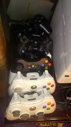 Xbox 360/xbox one controllers for Sale in Washington, DC