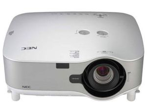 NEC PROJECTOR NP2150 for Sale in MONTGOMRY VLG, MD