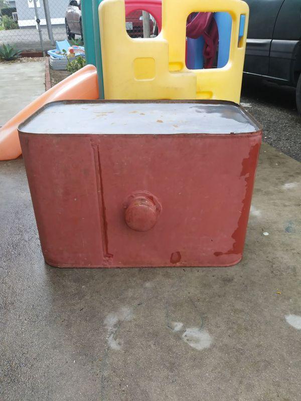 Gas Tank For Sale In Hemet, CA