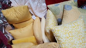 12 Yellow Pillows for Sale in Sanford, FL