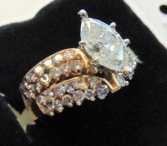 14K GOLD  2CT DIAMOND MARQUES LADIES RING