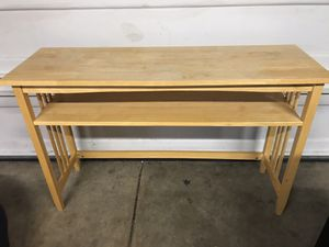 WOODEN SOFA TABLE for Sale in Cleveland, OH
