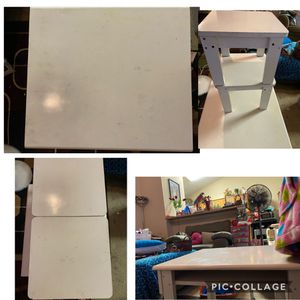 Photo SaudersBeginnings Kids Heavy Table w/Cubby Storage w/Bench Seats $15 Used Sturdy Condition Needs Wiped Down Oakland porch pu
