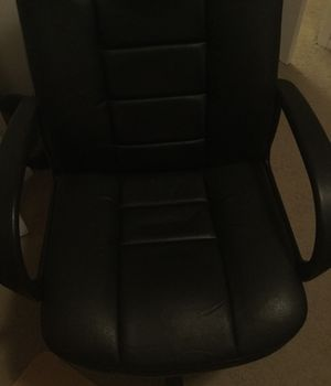 Leather rolling office chair or desk chair for Sale in Parma Heights, OH
