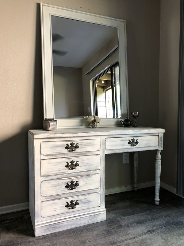 Vanity Desk And Huge Mirror For Sale In Austin Tx Offerup