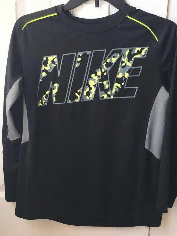 8d7972ac Boys Nike Dri-Fit Long Sleeve Shirt Black & Yellow Size Large Youth for  Sale in Jacksonville, FL - OfferUp