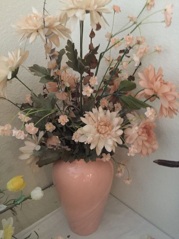 Tall Vase With Silk Flowers For Sale In Tucson Az Offerup