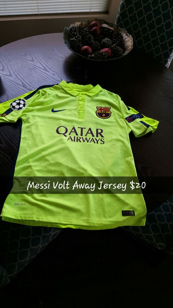 best website 802f5 46eae Messi Barcelona Volt with Champions League Patches for Sale in El Paso, TX  - OfferUp