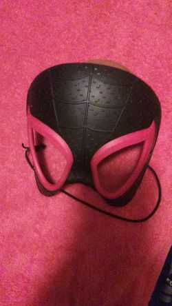 Spider-Man into Spiderverse mask Thumbnail