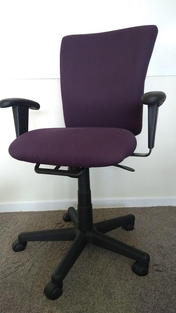 Turnstone High Back Ergonomic Multifunction Office Desk Computer Chair Purple For In Seattle Wa Offerup