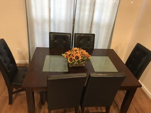 7 piece dining table set leather chairs for Sale in Springfield, VA